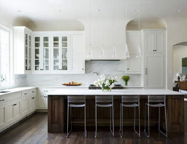 white kitchen wood island via decorpad Why White Kitchen Cabinets are The Right Choice