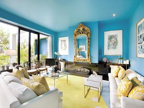 blue painted ceiling via conspicuousstyle Proof That Colors Read Lighter on the Ceiling