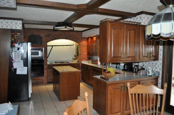 DSC 0024 600x398 How Do You Paint a Tudor Style Home?