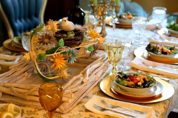 hgtv smart home blogger dinner table setting
