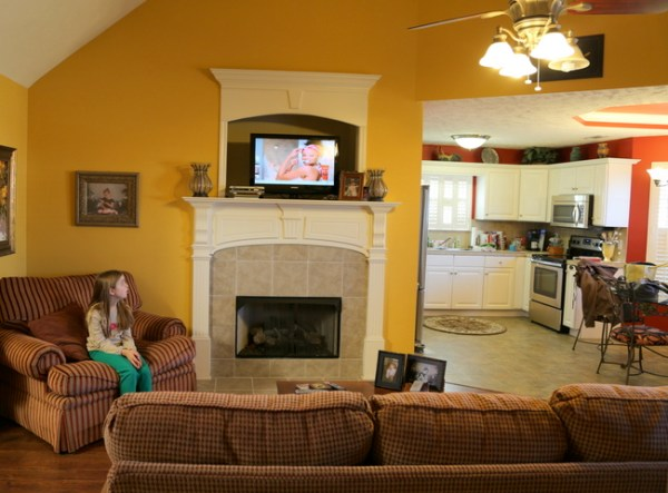 7O3A3795 600x443 Allisons Living Room & Kitchen Makeover   The Final Reveal
