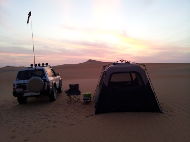 UAE: Desert Driving and Camping Journeys with sand under my tyres!