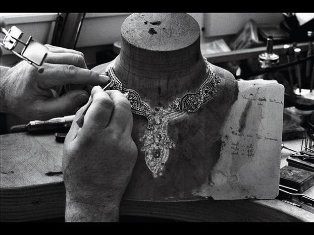 Van Cleef and Arpels Model maker
