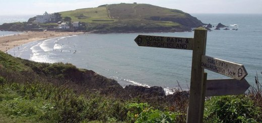 South West Coastal Path © Copyright Derek Harper and licensed for reuse under this Creative Commons Licence
