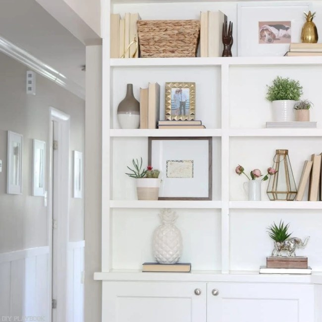 Home_Tour_dining_room_shelf-4