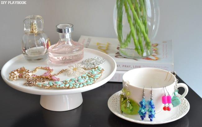 Jewelry-on-cakestand