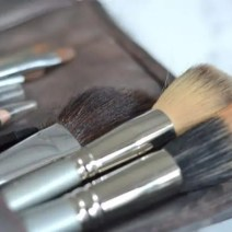 Organized-Makeup-Brushes