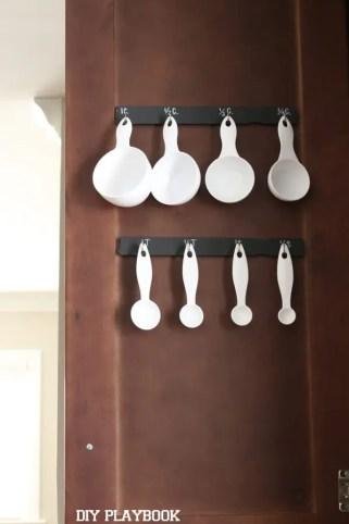 Hooks-Measuring-Spoons