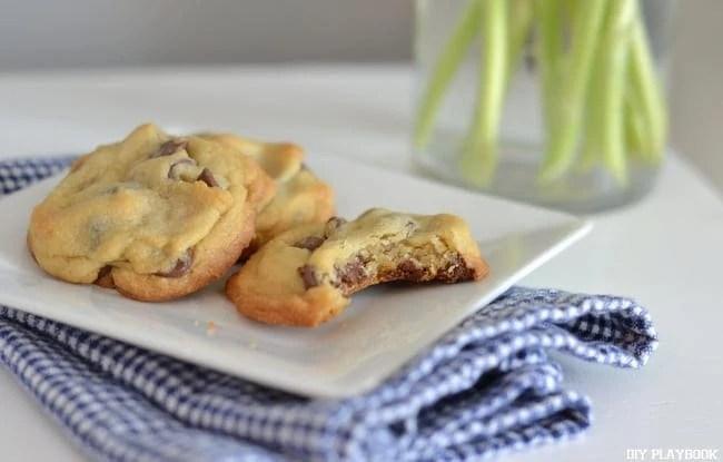Eating-Cookies