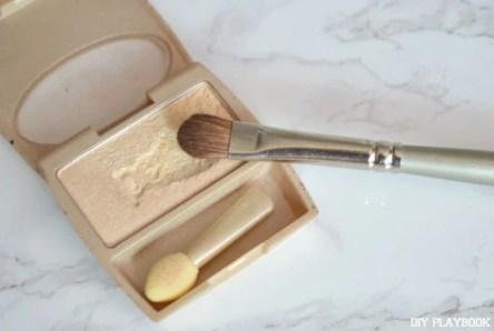 Light-Eyeshadow-Makeup-Brush