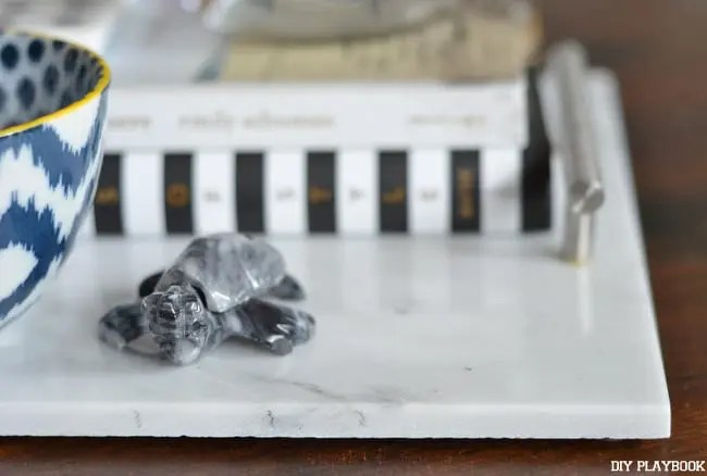 Turtle-decor-marble-tray
