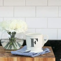 12-coffee-cup-flowers-kitchen-subway-tile-backsplash