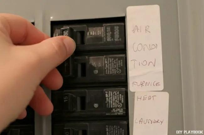 06-turn-off-circuit-breaker-box