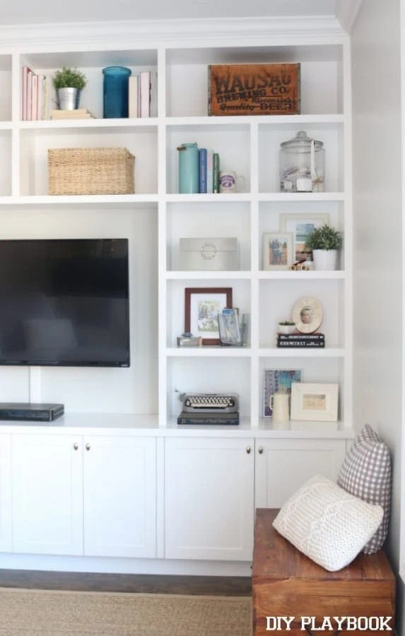 bookcases-accessories-family-room
