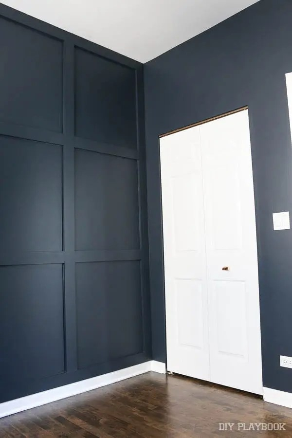 painted-guest-room-closet