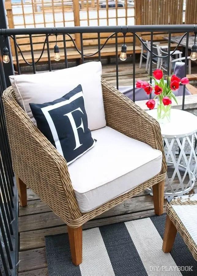 pillow-chair-furniture