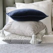 diy_tassel_pillow_tutorial-17