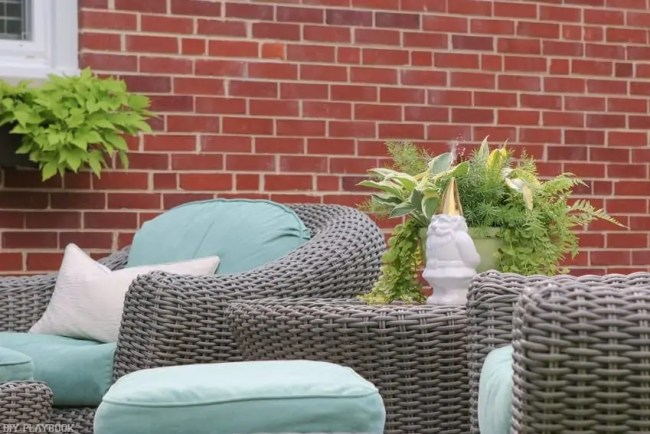 Bridget_Patio_Furniture_flowers_plants-19