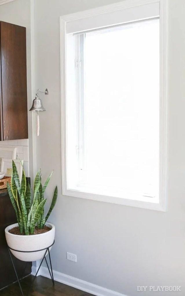 kitchen-window-treatment