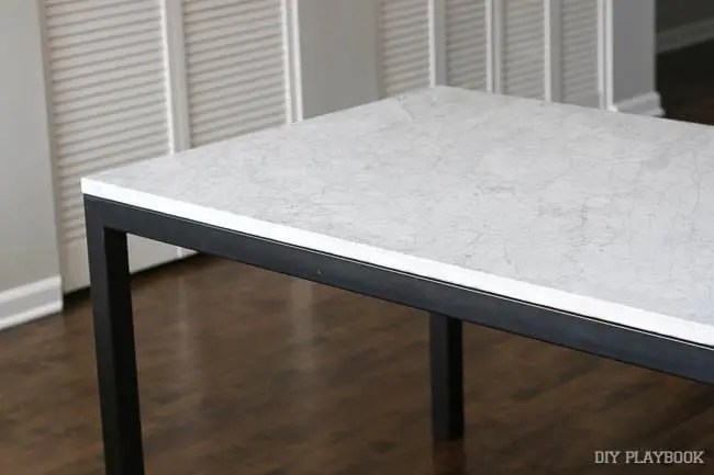 marble-dining-room-table
