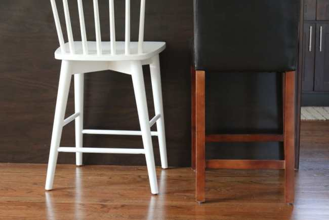 white_counterstools_kitchen-14