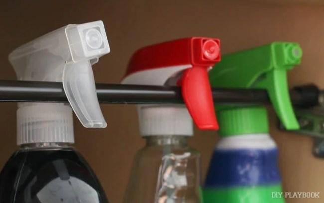 spray-bottles-rod-kitchen