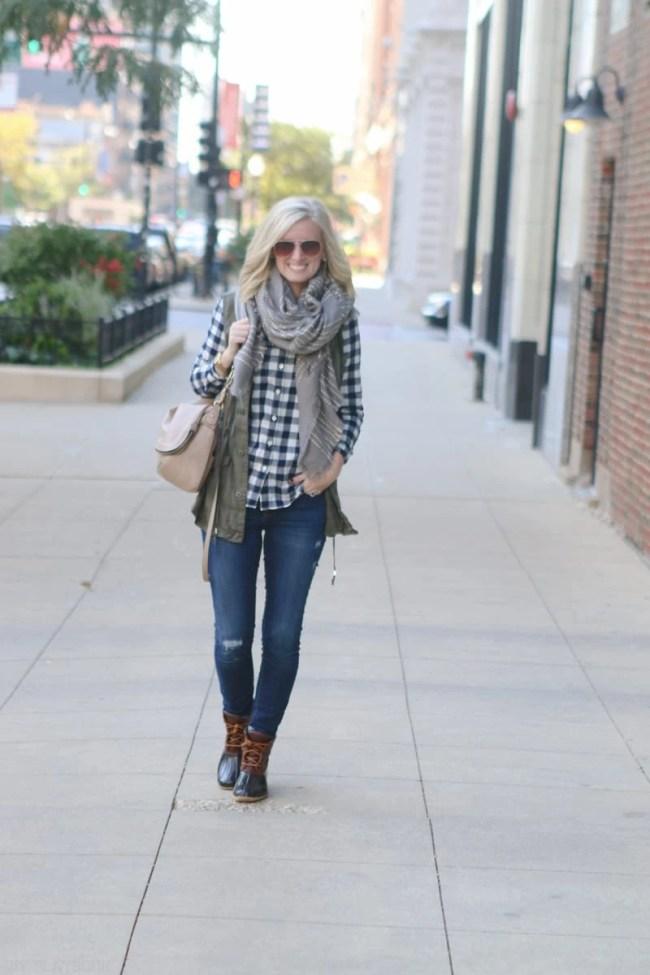 bridget-fall-plaid-vest-boots-jeans-casual-fashion-7