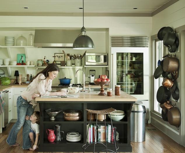 shiplap kitchen2