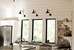 sconce kitchen10