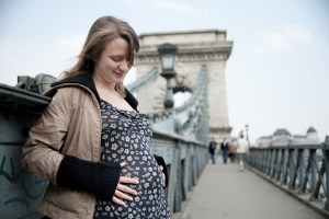 Budapest (Hungary): 5th month pregnant with Hanna; Photo: Thomas Alboth