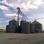 Grain Storage via thefarmerslife.com