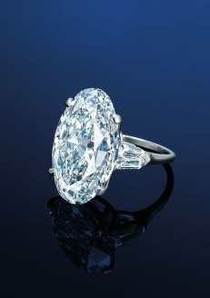 25.22ct-oval-shaped-diamond-ring