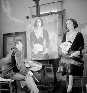 Chagall with his wife Bella in his studio in 1932