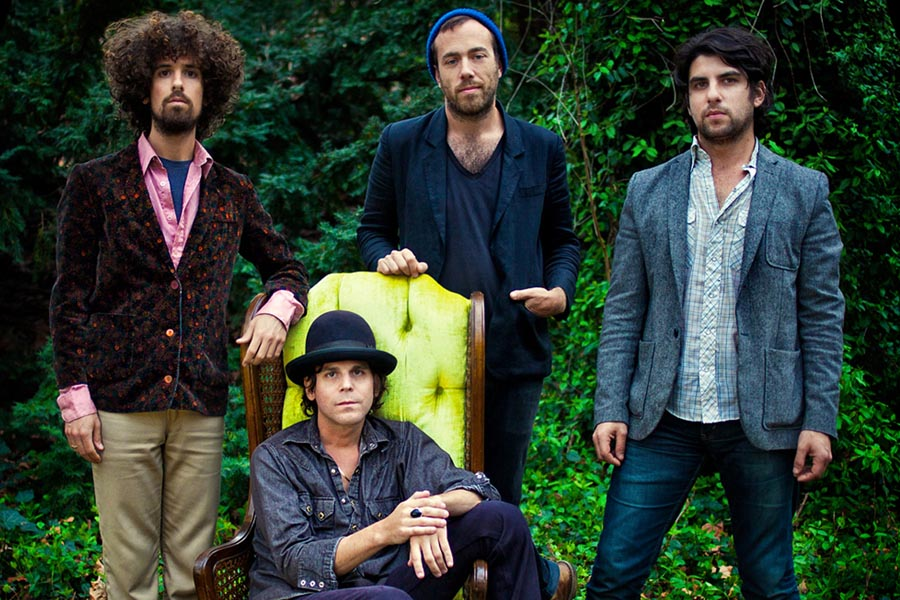 Langhorne_Slim_and_the_Law