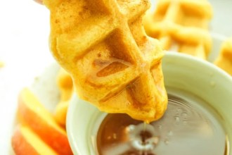 vegan-pumpkin-spice-waffle-dippers-11