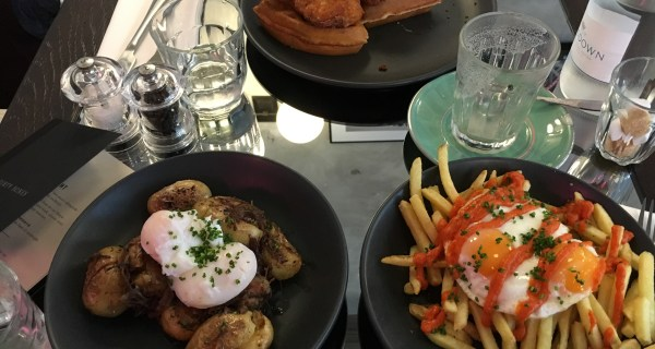 Dirty Bones Shoreditch - Does Dirty Brunch and Roasts