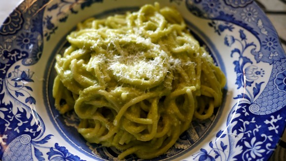 Avocado Spaghetti recipe by The Londoner