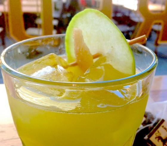 Harlem Apple Cocktail recipe photo