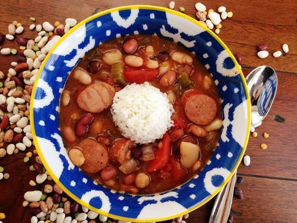 Slow Cooker Cajun 15 Bean Soup recipe photo