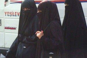 WEB_Editorial_Niqab-CC,-Agencia-Brasil
