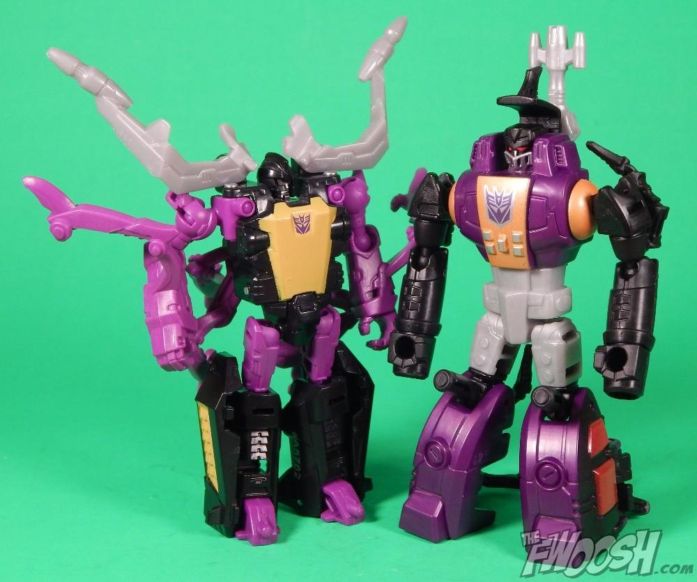Hasbro  Transformers Generations Legends Class Bombshell