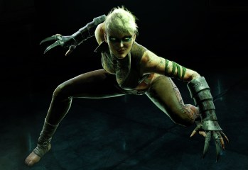 Batman-Arkham-Origins-Copperhead-Reveal-1