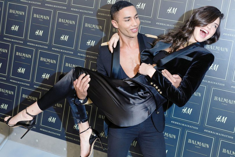 The_Garage_Starlets_Balmain_X_H&M_Giveaway_Blazer_Kendall_Jenner_Olivier_Rousteing_Gigi_Hadid_05