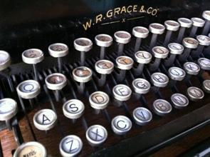 typewriter - how to start a blog