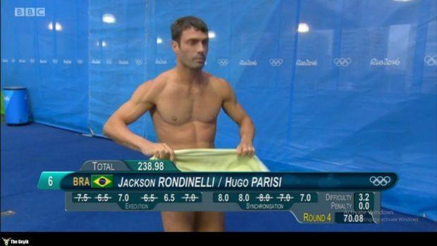 rio olimpiyatlarından komik mayo resimleri 6