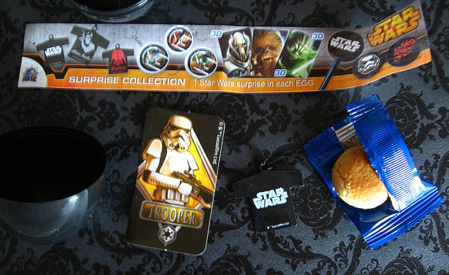 star_wars_egg_surprise_contents