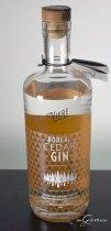 Vikre_boreal_cedar_gin_bottle