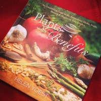 Plants with Benefits book image