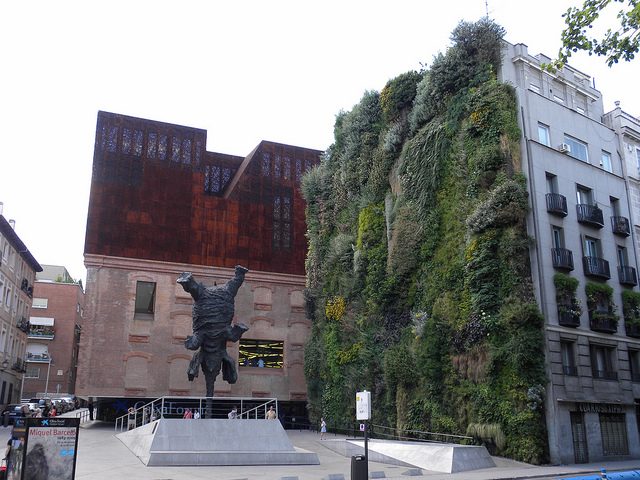 CaixaForum museum. living wall