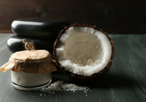 green divas health and beauty: amazing uses for Coconut oil